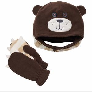 **NWT** FLEECE BEAR HAT AND MITTENS SET 6-17 MOS